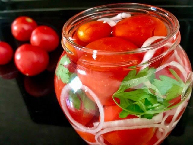 Paradajz u tegli za zimu, Tomato in a jar for the winter, Tomate im Glas für den Winter